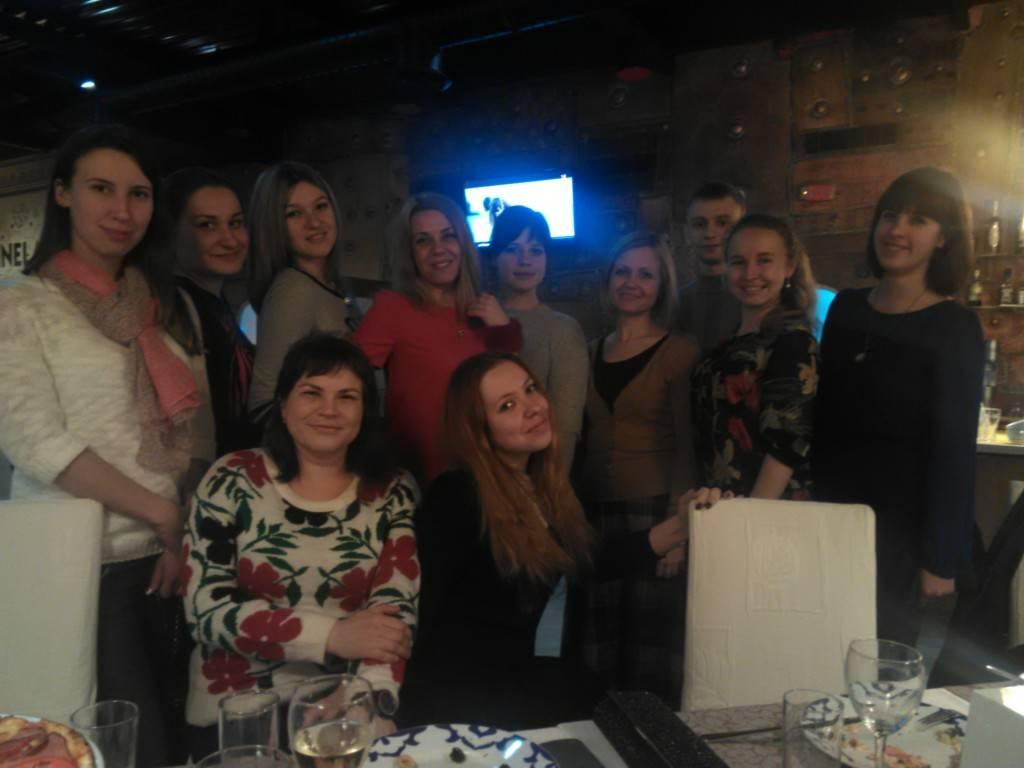 Как девушки Немецкого Института 8 марта праздновали
